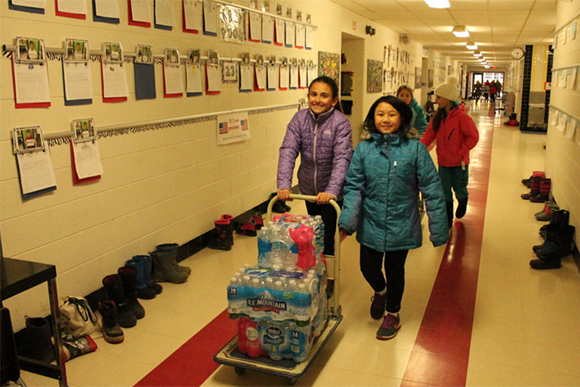 Flint Educator Our Water Crisis Is >> The Heroes Of Flint The Impact Of The Flint Water Crisis On Its
